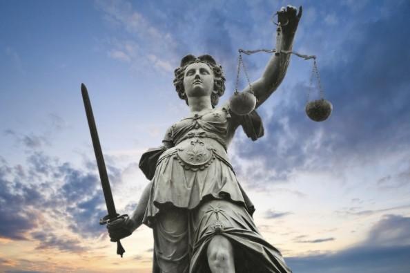 statue-justice1-1024x681
