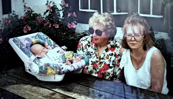 Summer 1993, Mum, J & me